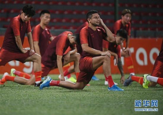 (体育)(3)足球――国足马尔代夫进行首次训练