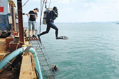 """""""定远舰""""沉舰遗址在威海发现"""