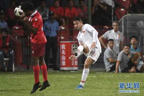 (体育)(28)足球――世界杯预选赛:中国对阵马尔代夫