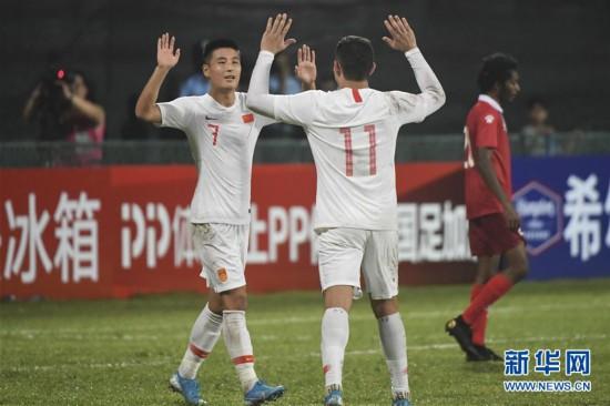 (体育)(7)足球――世界杯预选赛:中国胜马尔代夫