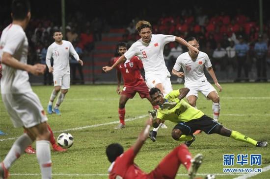(体育)(21)足球――世界杯预选赛:中国对阵马尔代夫