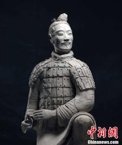 清华大学举行周秦汉唐文化与艺术特展 一级文物近200件