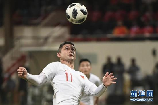 (体育)(15)足球――世界杯预选赛:中国胜马尔代夫