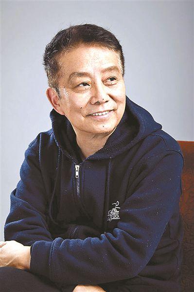 """导演黄建新:展现历史伟人""""另一面"""""""