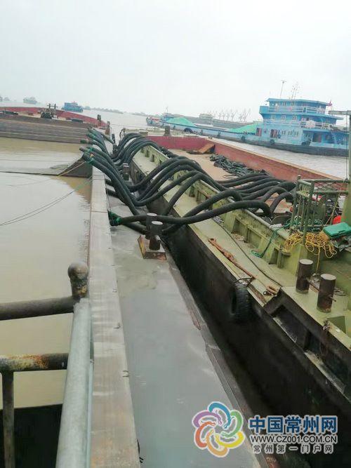 常州摧毁特大采砂团伙 现场查获江砂4000吨