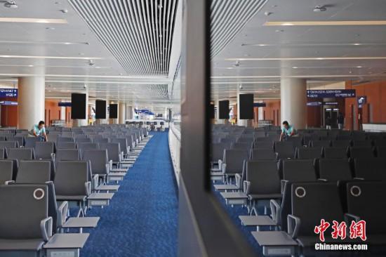 浦东机场卫星厅正式启用