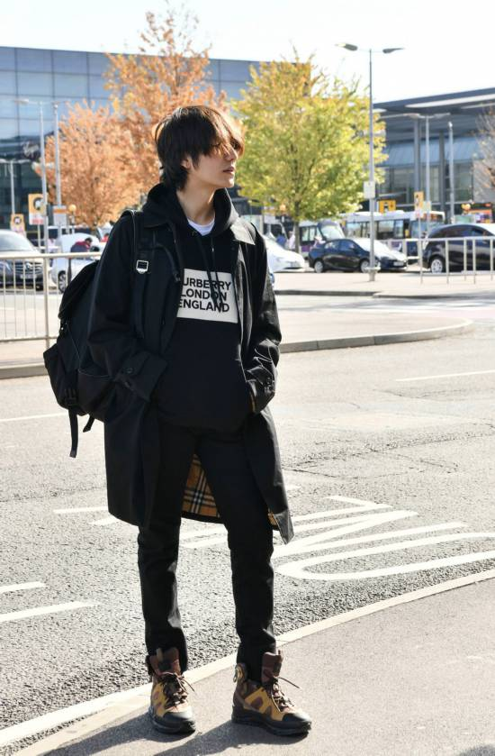 陳坤秋日造型成男性穿衣標本既經典又潮流