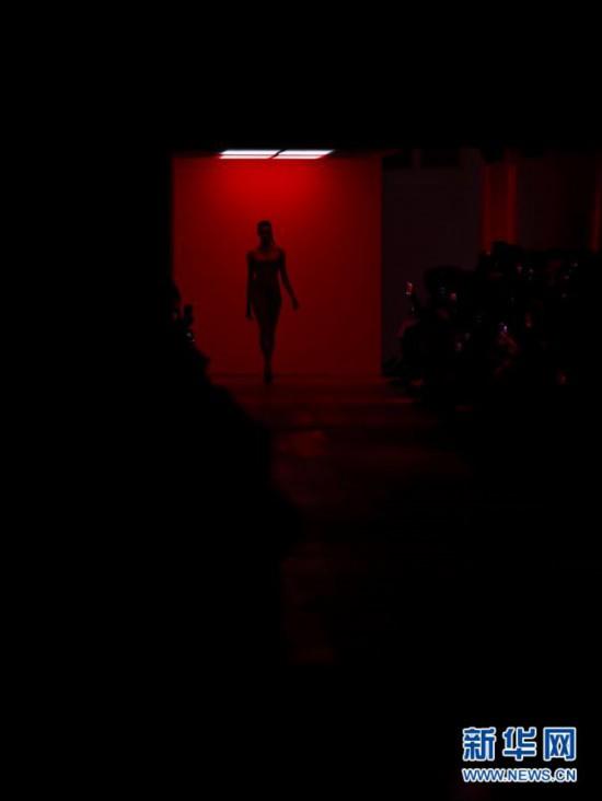 (国际)(5)2020伦敦春夏时装周落幕