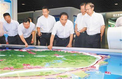 """立足长远陆续深化""""多规合一""""改善谋定后动保障自贸试验区和自贸港建立"""