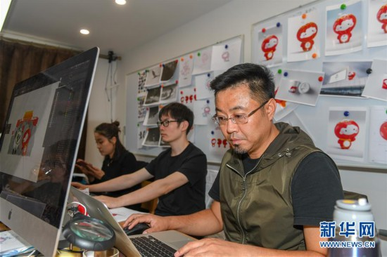 """(体育)(3)探访北京2022年冬残奥会吉祥物""""雪容融""""设计团队"""
