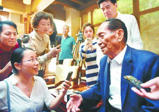 袁隆平的两个梦想 让杂交水稻造福世界