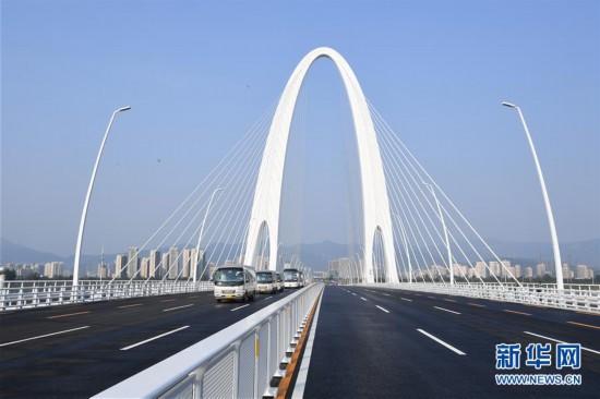 北京新首钢大桥开通