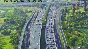 1日7点起江苏高速公路迎出行最高峰 过江建议绕行