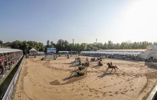 为期三天的国际马联场地障碍世界杯中国联赛总决赛在北京落幕。供图