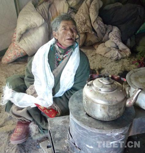西藏普兰的幸福生活:一位五保老