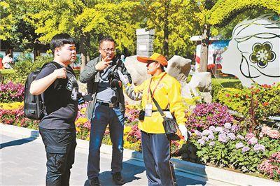植物园700温情使者服务11万游客 国庆假期非紧急救助累计3501次