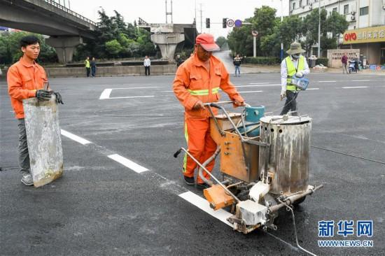 鸡西社区_江苏无锡高架桥侧翻事故现场清理完成基层横穿行程回答畅通流通