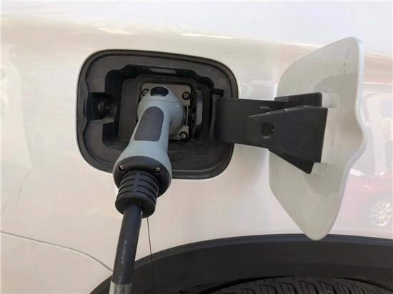 约220亿元 新一轮新能源汽车补贴公示