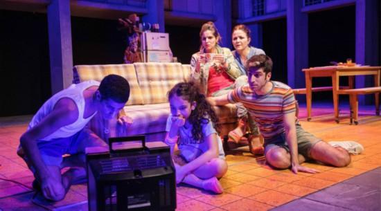 以色列卡梅尔剧院《罗密欧与母亲》