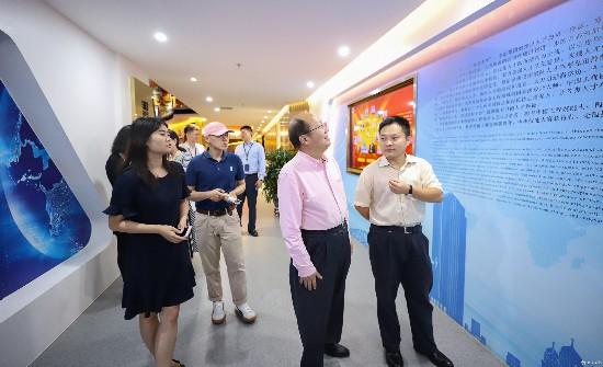 参观北京快三app主页-彩经_彩喜欢国北京快三app主页-彩经_彩喜欢冶展厅2.jpg