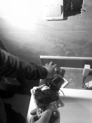 偷窥男在江都丹阳多个宾馆安装针孔摄像头