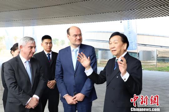 http://www.edaojz.cn/caijingjingji/303589.html
