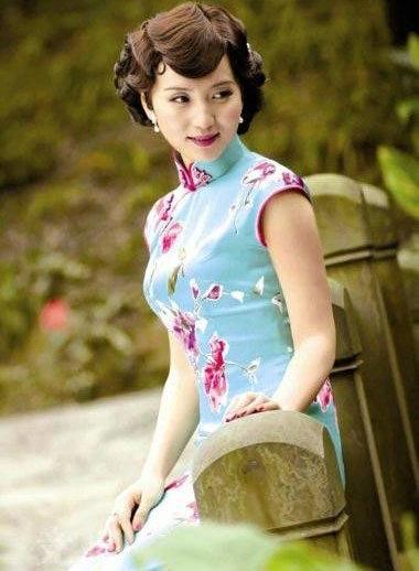 女星的旗袍造型 宋轶清丽温婉令人过目难忘