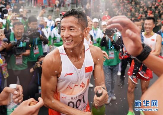 组图:军事五项男子个人全能中国选手包揽冠亚军