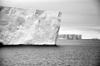 几百年来 南极的冰架一直在变薄