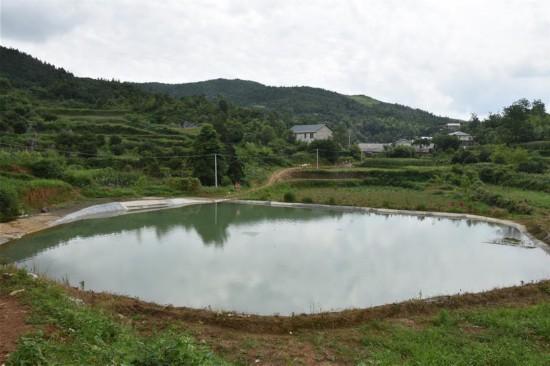 (在习近平新时代中国特色社会主义思想指引下——新时代新作为新篇章·总书记关心的百姓身边事·图文互动)(1)水润民心——全国农村饮水安全攻坚成效观察