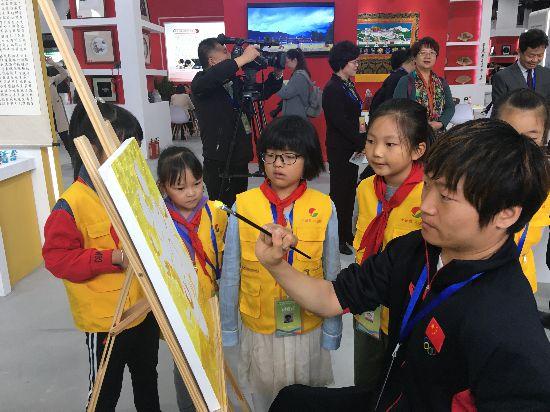 全国残疾人职业技能大赛开幕  宁夏20名残疾人竞技嘉兴