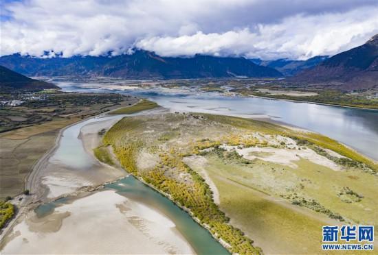 (美丽中国)(2)专业玩彩天天预测分析_美丽的尼洋河秋景
