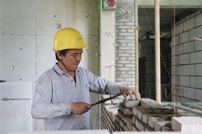 琼中:倒排工期加快项目推进 保质保量办好民生工程