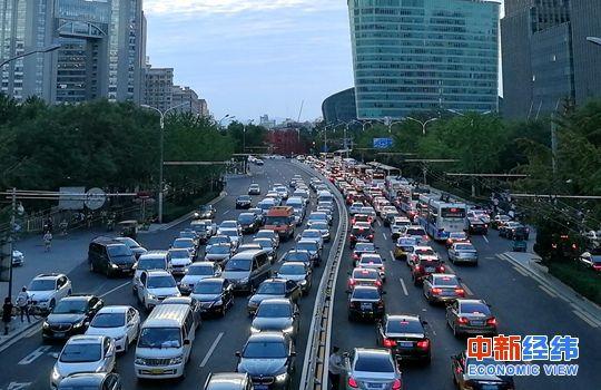 10月车市表现未达经销商预期库存预警指数高于警戒线