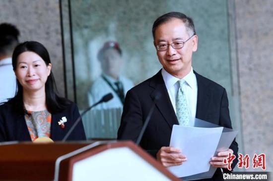 香港金管局总裁:市场运作正常对联汇制度有信心