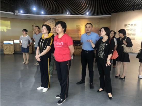 7参观晋江市展馆,学习晋江经验.jpg