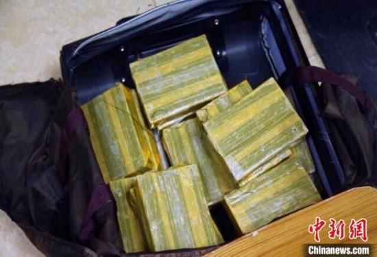 云南弥渡警方破获一起运输毒品案缴毒逾5公斤