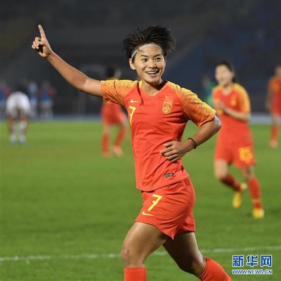(体育)(11)足球――永川国际女足锦标赛:中国队胜新西兰队