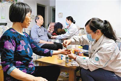 西安深化医药卫生体制改革破解百姓看病难看病贵