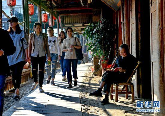 (美丽中国)(1)武夷山下古村落――下梅村