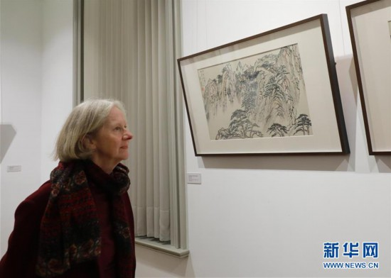(国际・图文互动)(1)刘海粟国画作品展在布鲁塞尔开幕