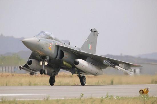 印度空军大手笔采购近300架战机全部要国产货