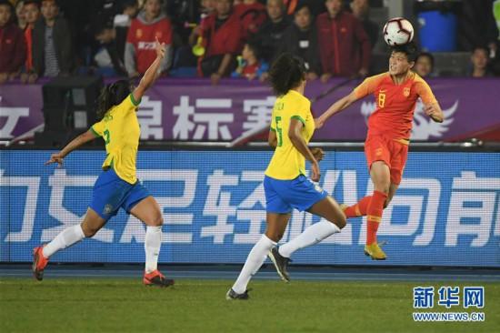 (體育)(9)足球——永川國際女足錦標賽:中國隊奪冠