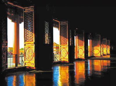 朝向+选材+结构,紫禁城里的采光