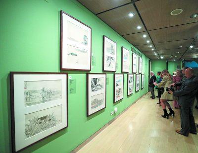 齐白石作品亮相希腊雅典 吸引大批寄情中国艺术的希腊观众