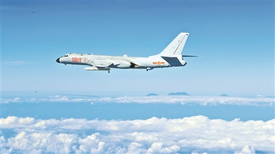 """""""战神""""的高光时刻串联起空军""""模范轰炸机大队""""的时代航迹"""