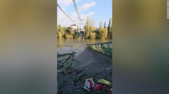 法国发生桥梁坍塌事故:1名15岁女孩死亡另有多人受伤
