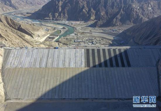 """(社會)(6)""""新疆三峽""""阿爾塔什水利樞紐工程下閘蓄水"""