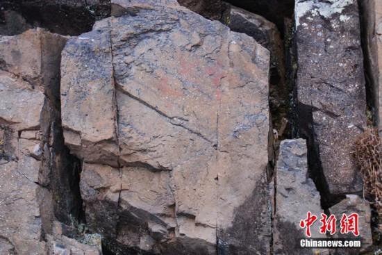 """""""中國最冷小鎮""""呼中發現距今約7000年岩畫"""