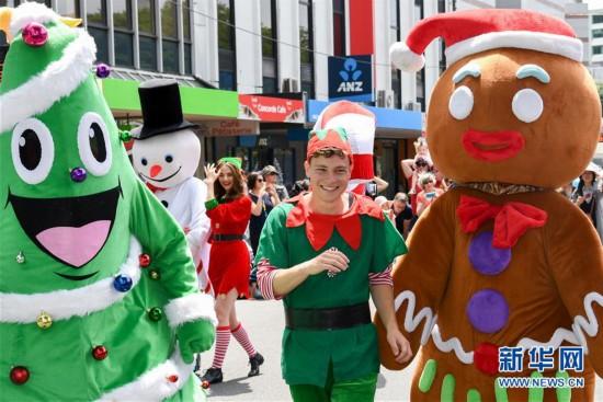 (国际)(2)�������Ľ��տ������ٷ���ַ22270.COM_新西兰:惠灵顿举行迎圣诞游行
